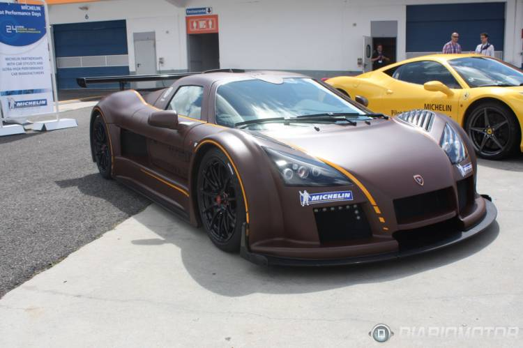 Gumpert_Apollo_Estoril-01