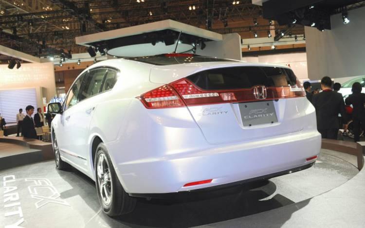 Honda FCX Clarity 3