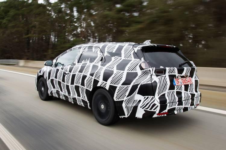 Honda civic Tourer: 600 litros de maletero para el compacto familiar japonés