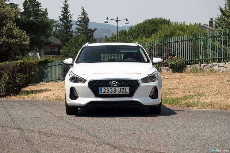 Hyundai_i30_cw_mdm_00011