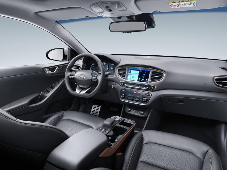 IONIQ Electric_Interior (2)