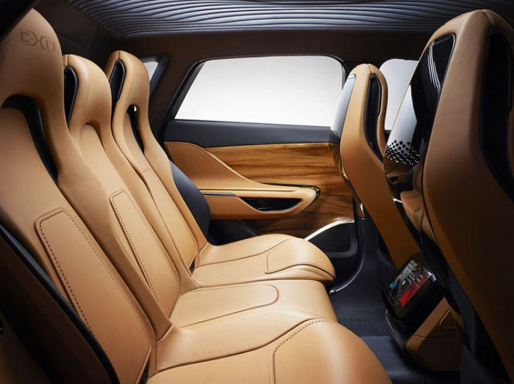 Jaguar C-X17: continúa la gira del SUV de Jaguar, ahora con parada en China