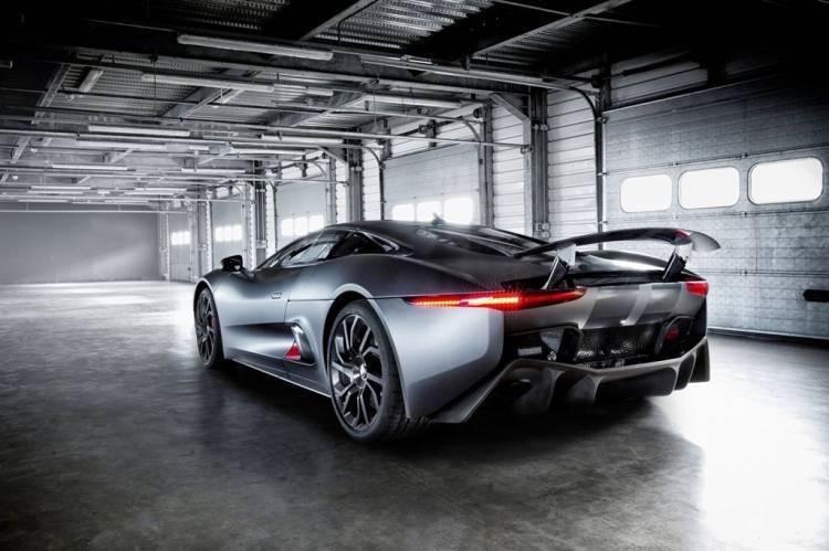 Jaguar_C-X75_DM_1024_1