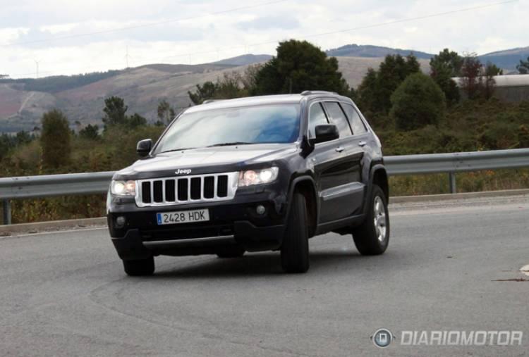 Jeep_Grand_Cherokee_Mov_Asfalto-027