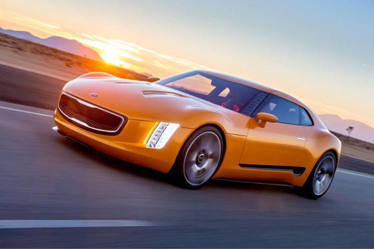 El KIA GT4 Stinger podría llegar a producción antes de acabar el año