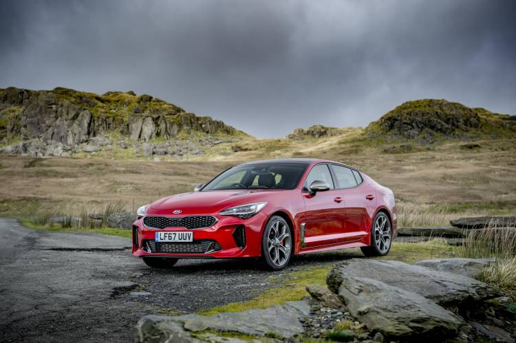Kia Stinger GTS red_004