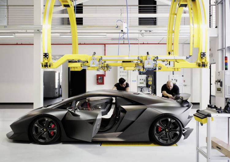¿Es la sorpresa de Lamborghini un Sesto Elemento homologado para calle?