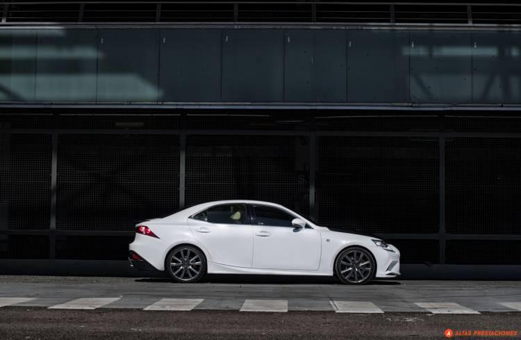 Lexus_IS_25_aniversario_TRD_2015_DM_mapdm_31