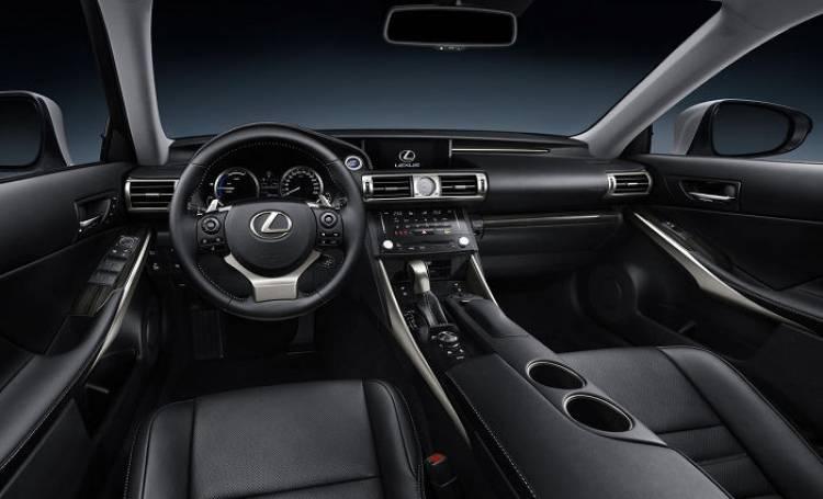 Lexus_IS_Detroit_14
