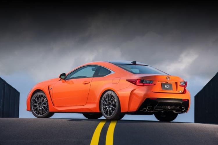 Lexus_RC_F_2015_orange_DM_2
