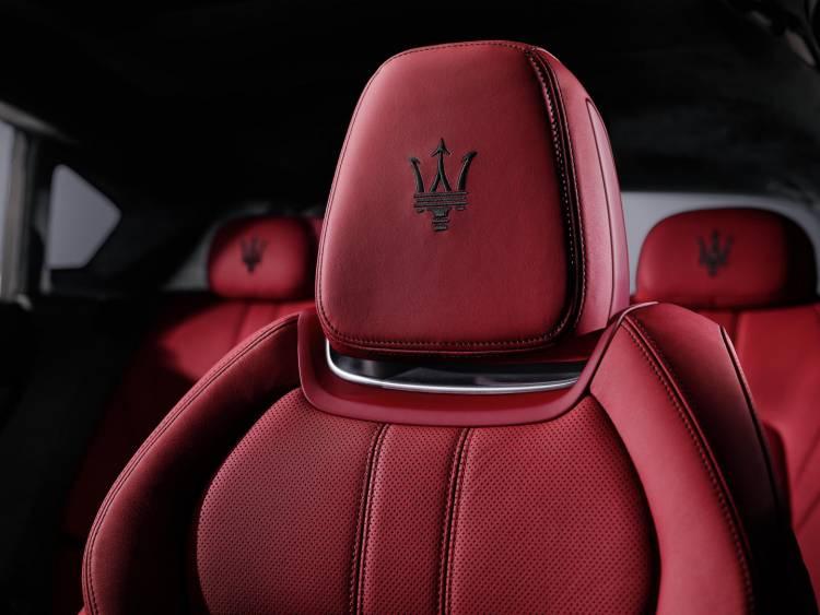 Maserati_Levante_DM_2016_8