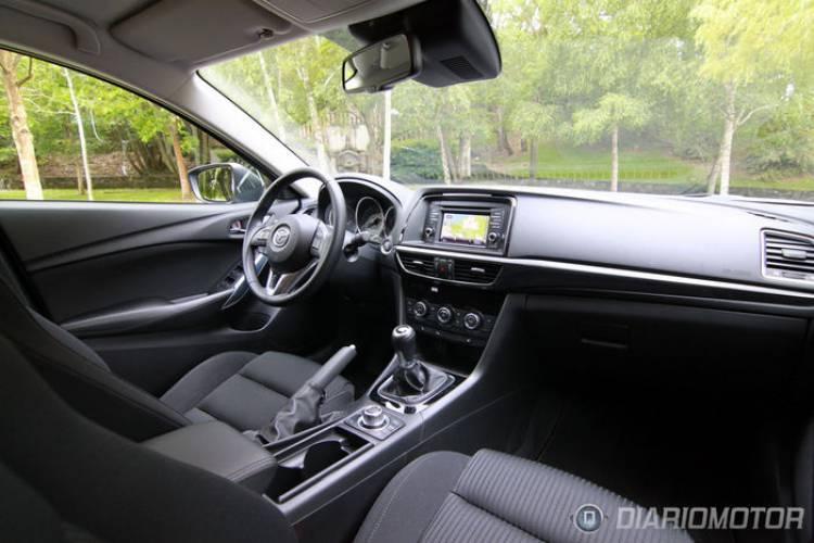 Mazda_6_Wagon_Int-007