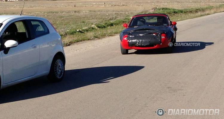 Sorprendida la primera unidad camuflada del próximo Mazda MX-5