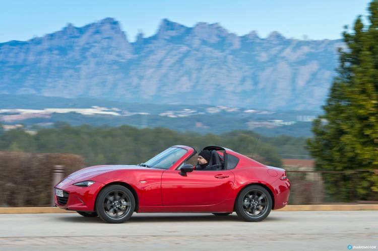 Mazda_MX-5_RF_din_mdm_00008