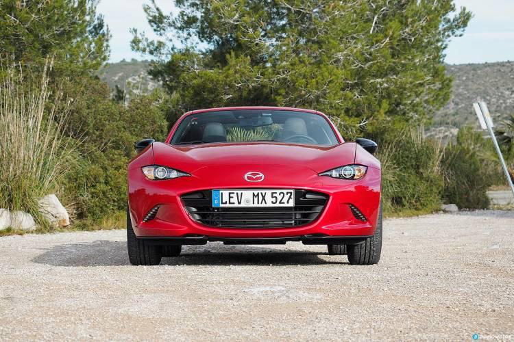 Mazda_MX-5_RF_est_mdm_00008