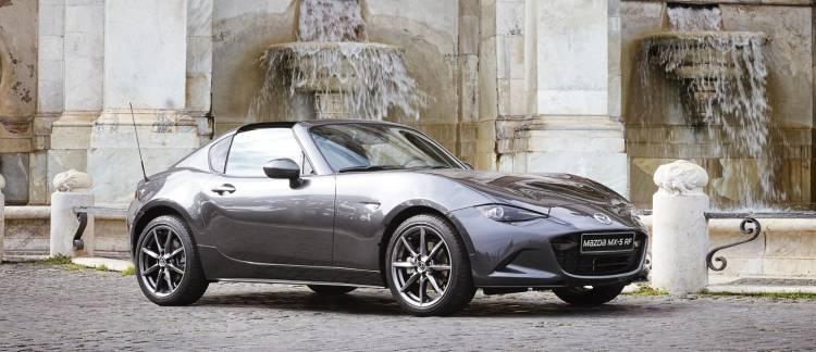 Mazda_MX-5_RF_in_Rome_2016_5