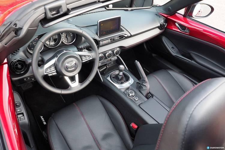Mazda_MX-5_RF_int_mdm_00012