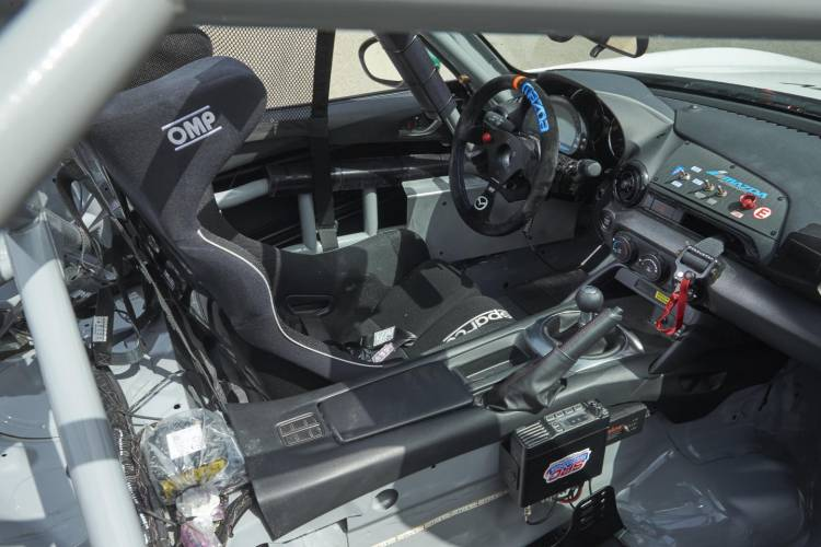 Mazda_MX-5_cup_2016_Claves_DM_18
