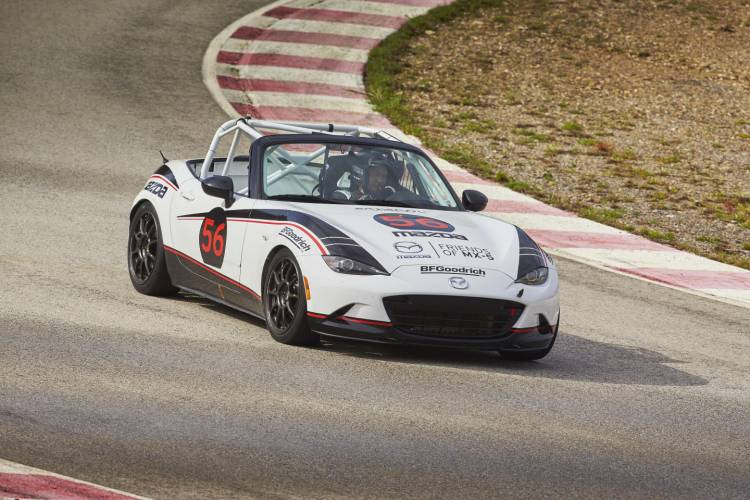 Mazda_MX-5_cup_2016_Claves_DM_3