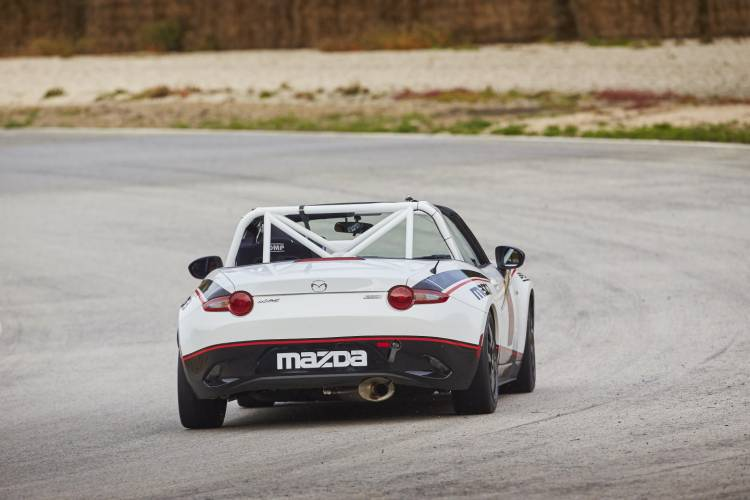 Mazda_MX-5_cup_2016_Claves_DM_6