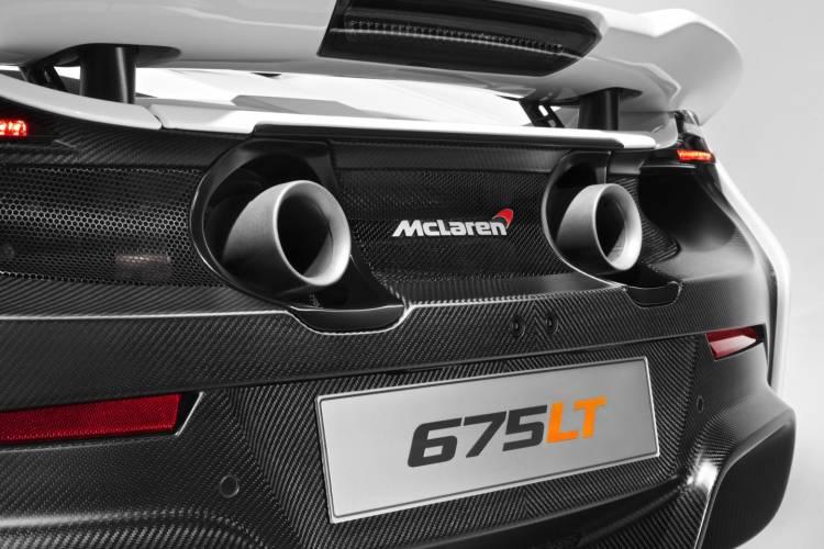 McLaren_675LT_2015_DM_12