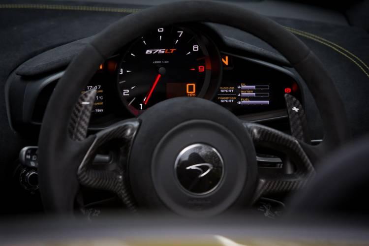McLaren_675Lt_Spider_claves_DM_2016_55