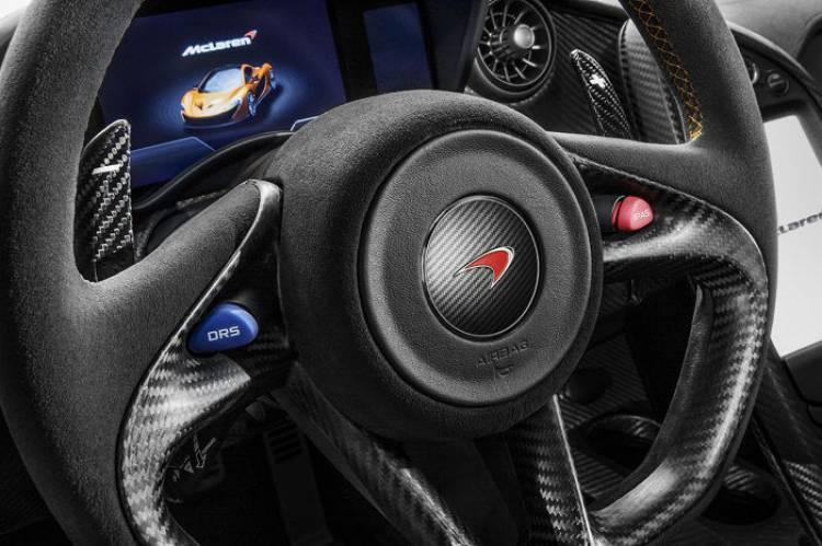 McLaren_P1_motor_1280_5