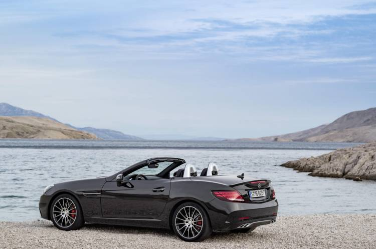 Mercedes-AMG_SLC_43_DM_2016_11