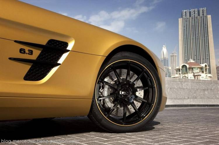 MercedesSLSDesertGold10