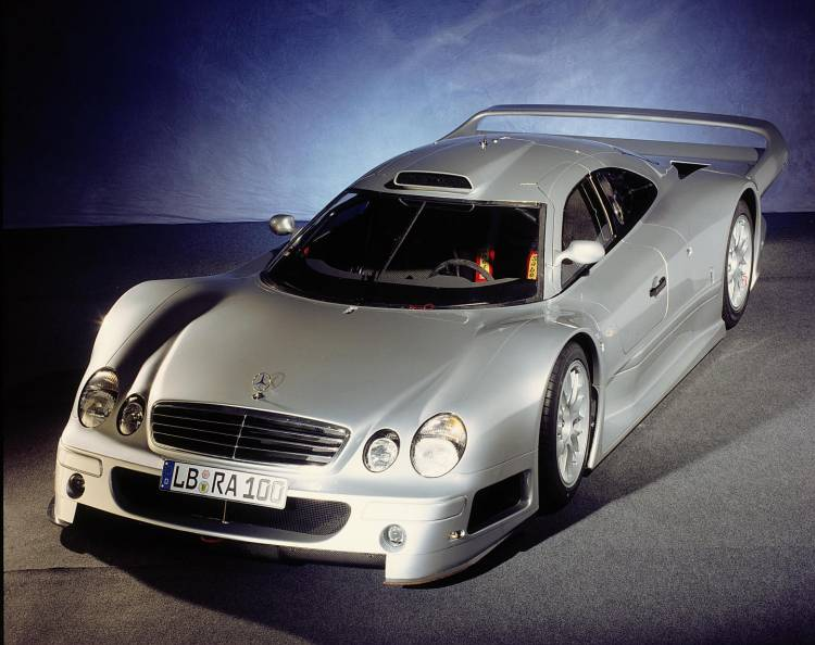 Mercedes_CLK_GTR-dm_1