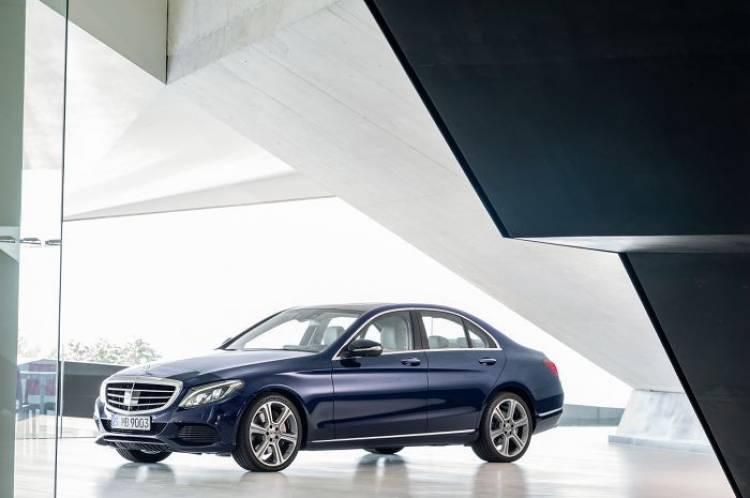 Habrá un Mercedes Clase C de batalla extendida para el mercado chino