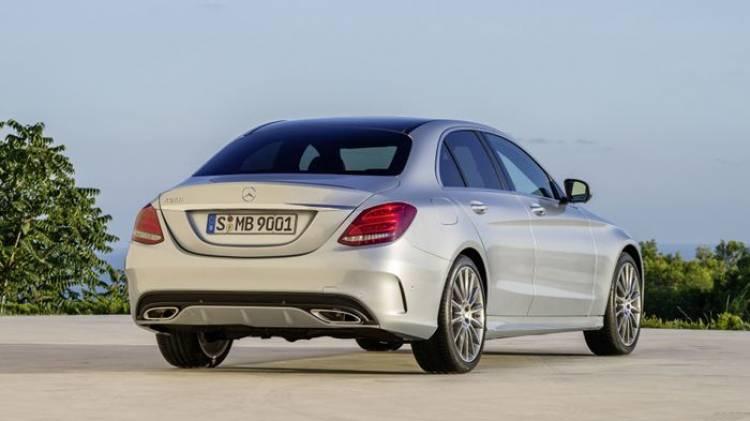 Mercedes C450 AMG: un escalón previo al C 63 AMG, podría ser una realidad en 2015