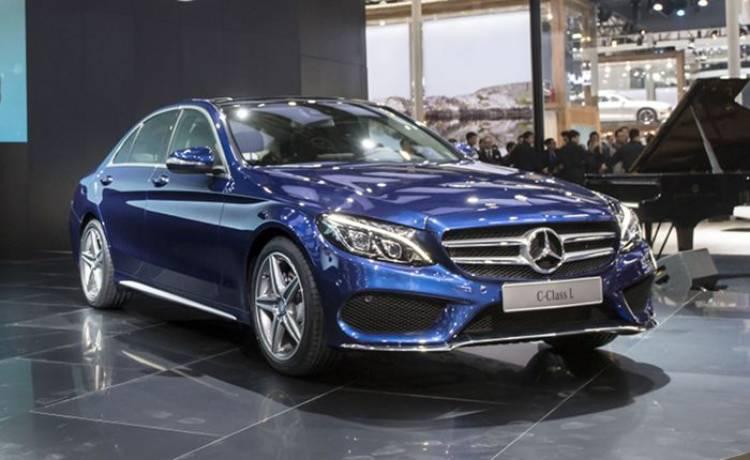Mercedes presenta en China al nuevo Clase C de batalla extendida