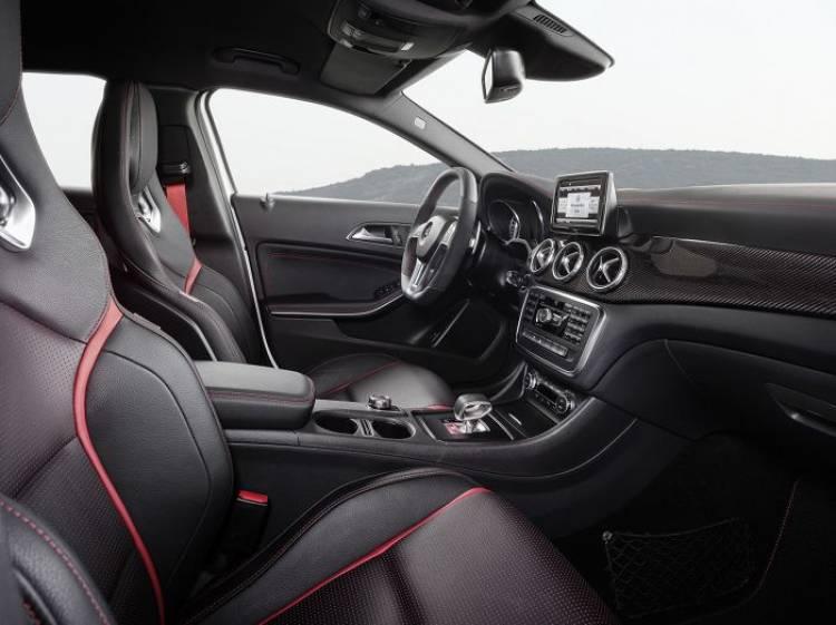 Mercedes GLA 45 AMG, todos los detalles