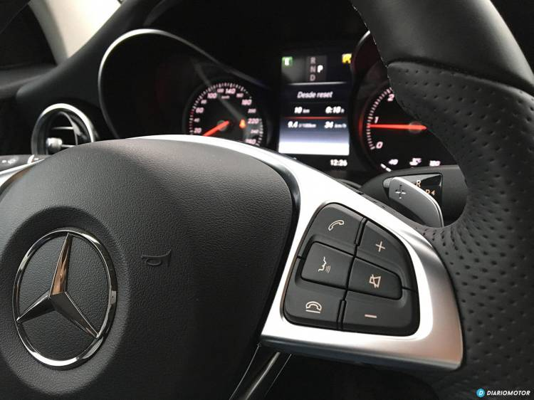 Mercedes_GLC_coupe_mdm_00022