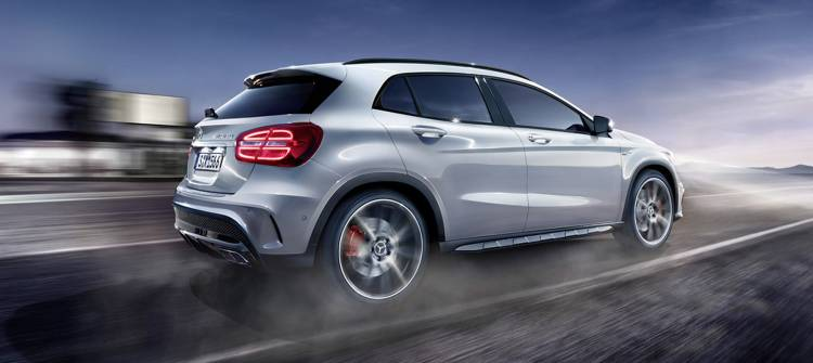 Mercedes_GLa_45_AMg_1440_381_ps