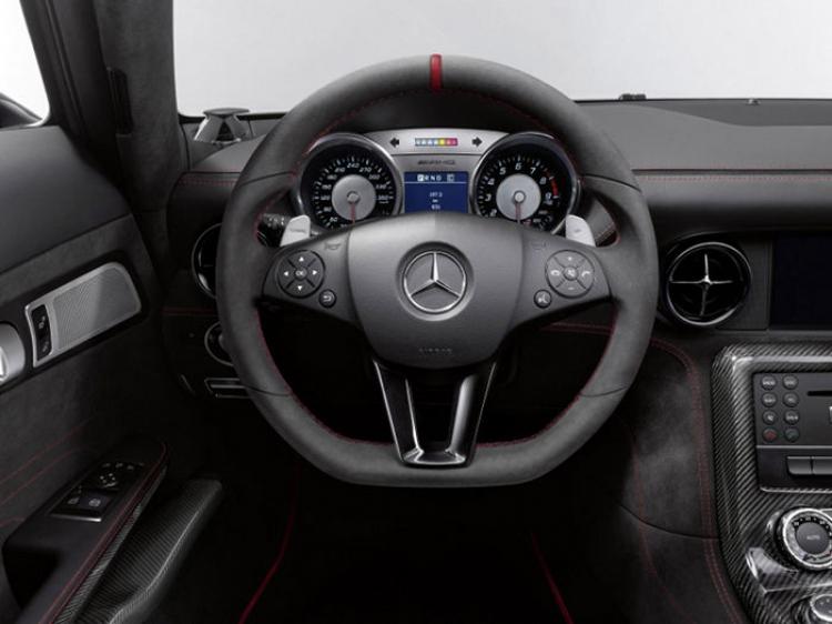 Mercedes_SLS_AMG_Black_Series_17