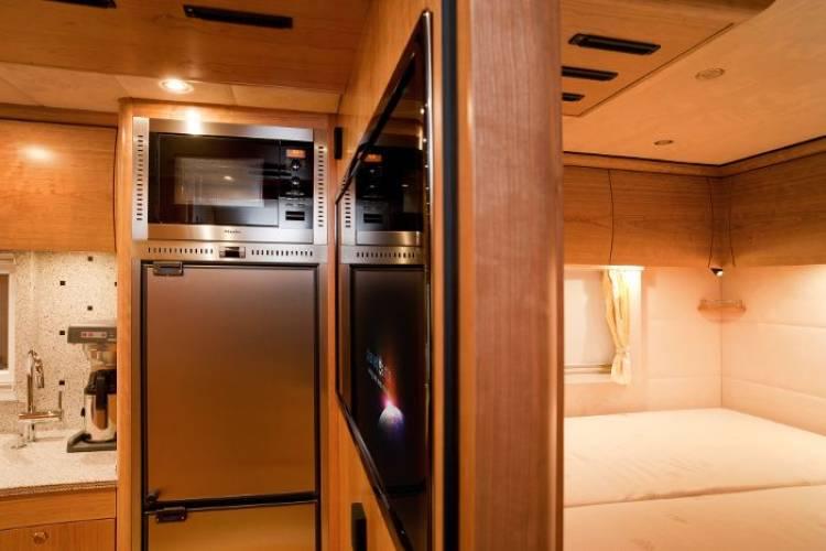 Mercedes Zetros: llevándote la casa a cuestas hasta a los rincones más extremos
