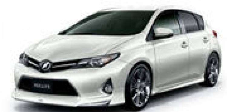 Toyota Auris por Modellista