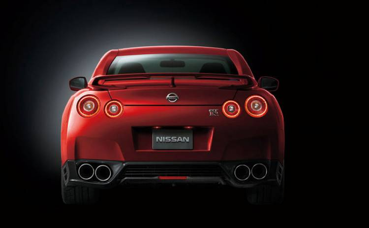 Nissan_GT-r_MY_2014_DM_5