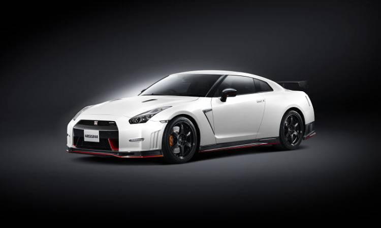 Nissan_GT-r_Nismo_DM_2