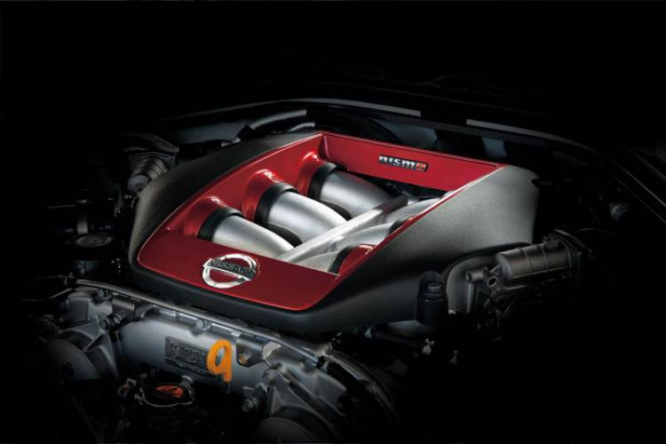Nissan_GT-r_Nismo_DM_9
