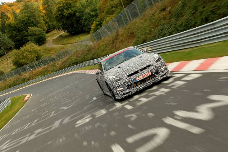 Nissan_GT-r_Nismo_Nurburgring_dm_18