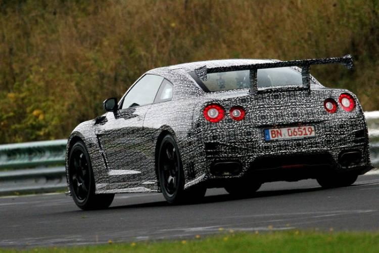 Nissan_GT-r_Nismo_Nurburgring_dm_7