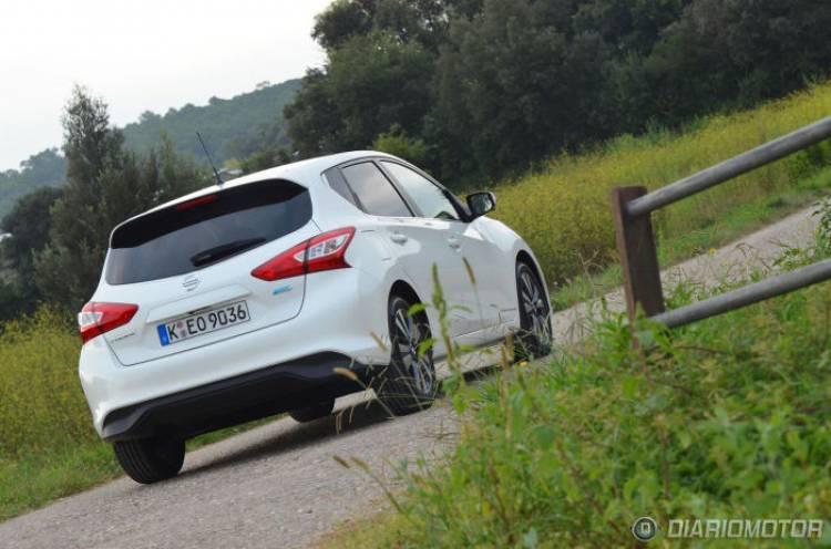 ¿Nissan Leaf o Nissan Pulsar? eléctrico y gasolina al mismo precio, tú eliges