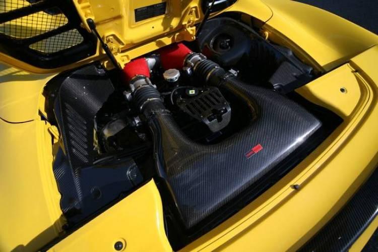 Ferrari 458 Spider por Novitec Rosso