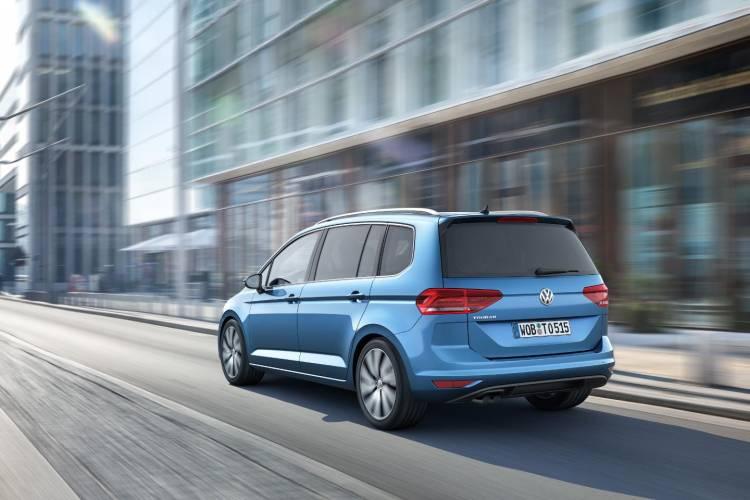 Nuevo_Volkswagen_Touran_2016_DM_35
