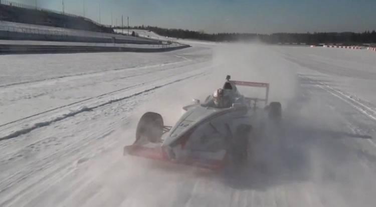 Nurburgring_monoplaza_conduccion_sobre_hielo_03