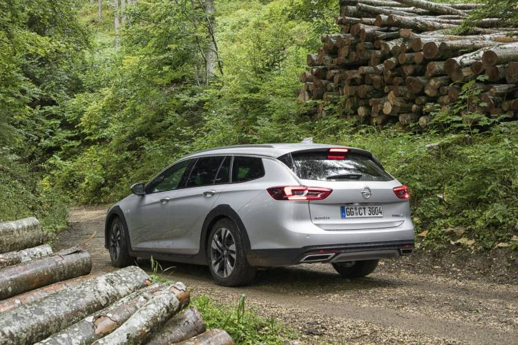 Opel-Insignia-Country-Tourer-500153