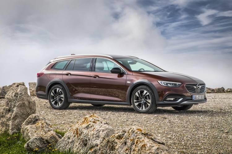 Opel-Insignia-Country-Tourer-500212 (1)